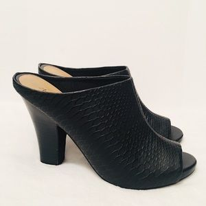 WOMEN AMERICAN EAGLE OPEN TOE HEEL MULE Size 7.5